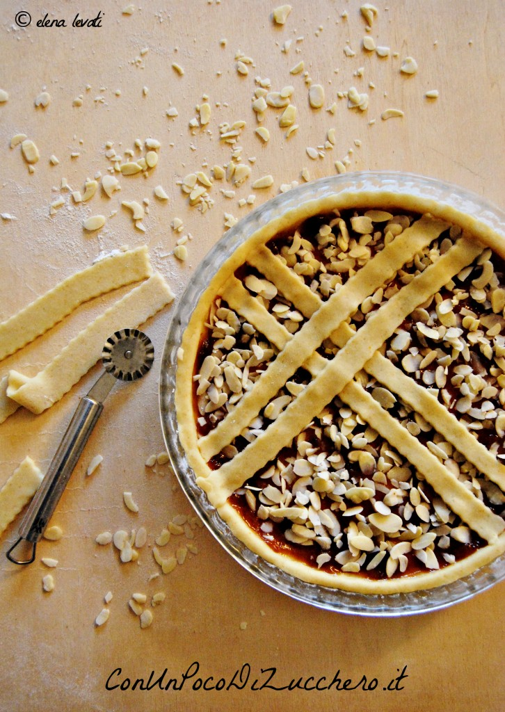 Crostata con frolla allo yogurt (cruda)